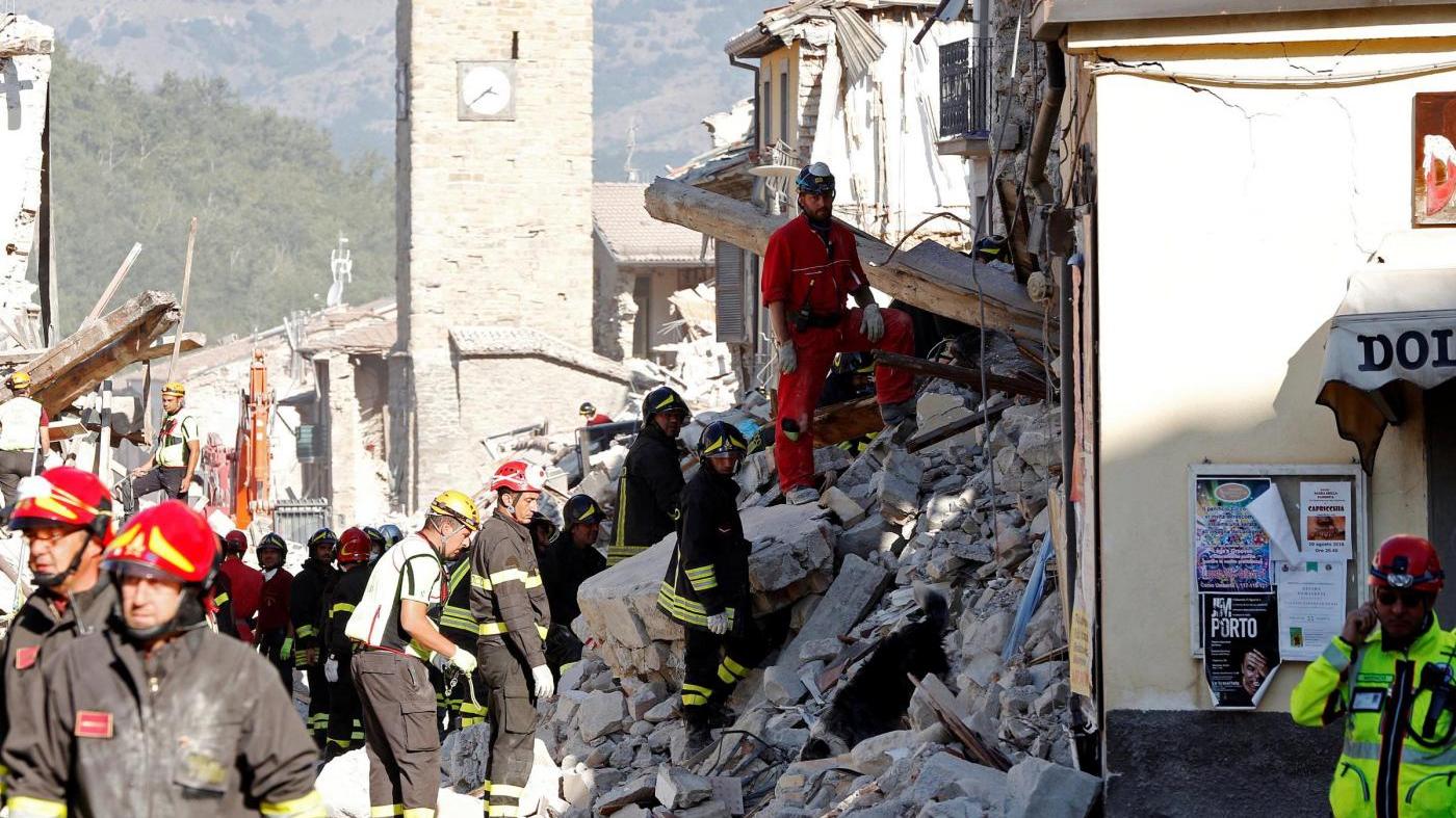Папа Франциск намерен посетить районы, пострадавшие от землетрясения