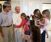 Папа учредил Департамент по делам мирян, вопросам семьи и жизни