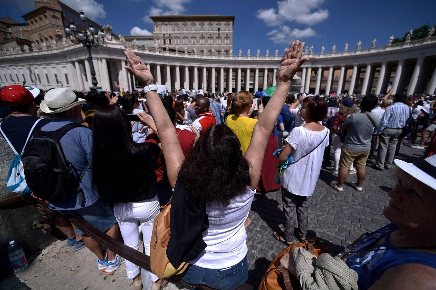Angelus 21 августа. Папа: дверь Божьего милосердия открыта для всех