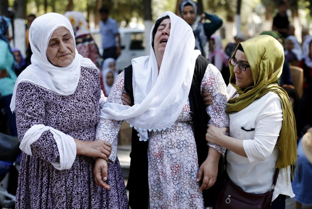 СМИ: теракт на свадьбе в Турции устроил подросток