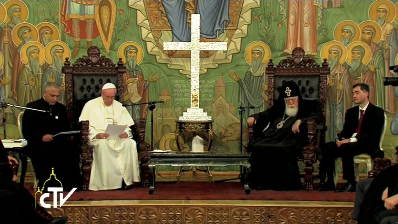Патриарх-Католикос Илия II назвал Папу Римского «любимым братом»