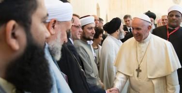 Межрелигиозная встреча в Ассизи. Папа: в вопросе войны и мира не может быть разделений между вероисповеданиями
