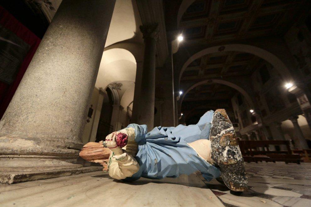 Акт вандализма в четырех церквях Рима (фото-свидетельство)