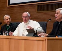 Папа — иезуитам: направляйтесь к отверженным и распятым с радостью Евангелия