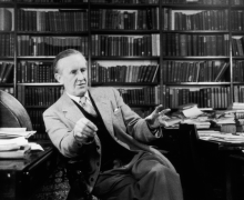 Новая книга Толкина выйдет через 100 лет после написания