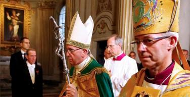 Папа призвал католиков и англикан к «смелому и реальному экуменизму» (+ ФОТО)