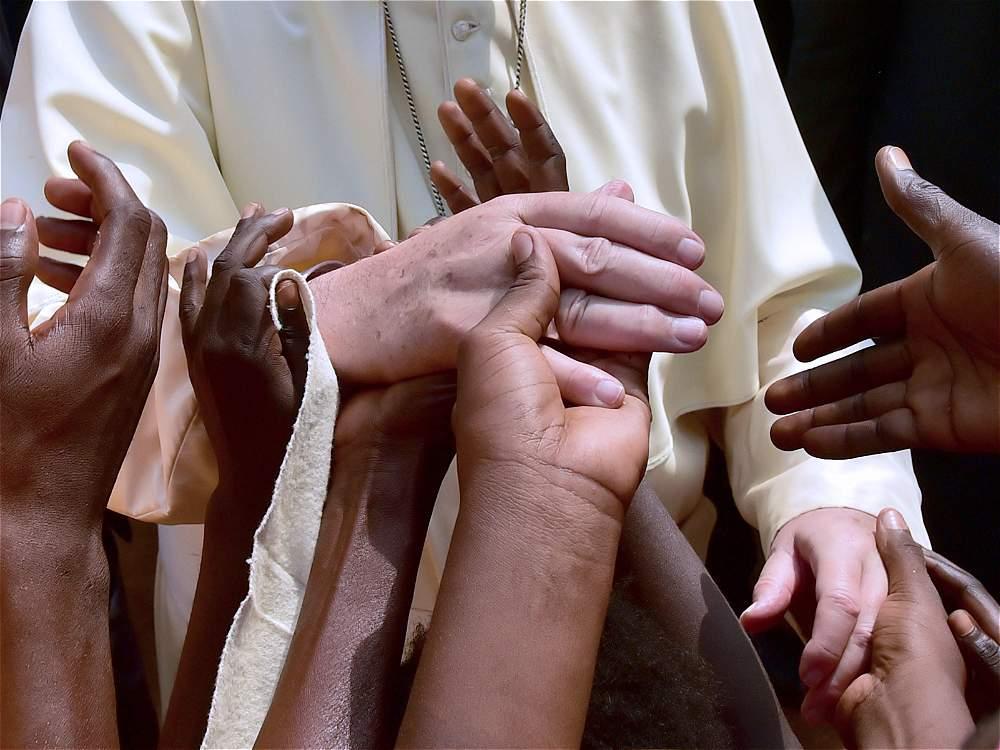 «Малолетние мигранты, лишенные защиты и голоса». Послание Папы Франциска на 103-й Всемирный день мигранта и беженца