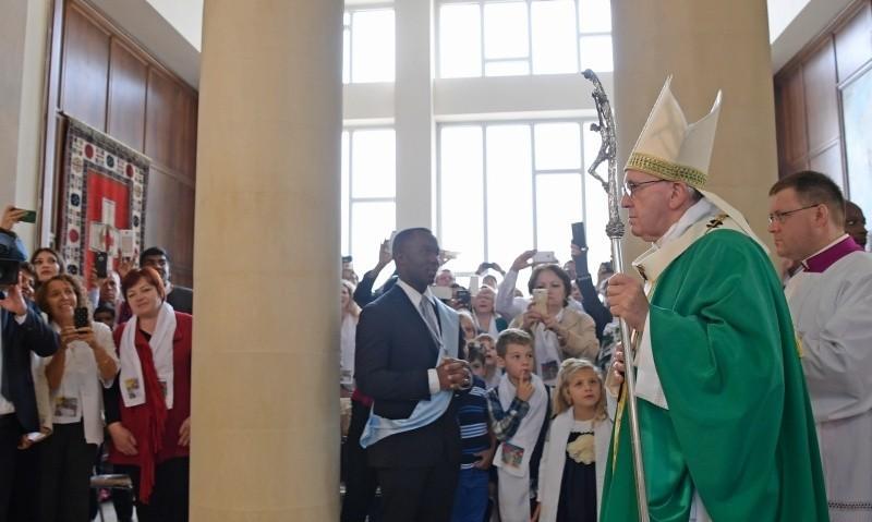 Папа в Баку помолился о жертвах преследований за веру