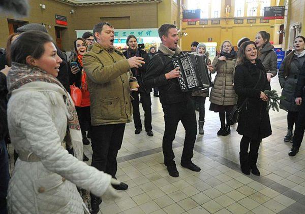 В Москве прошел музыкальный флешмоб в знак дружбы с Украиной