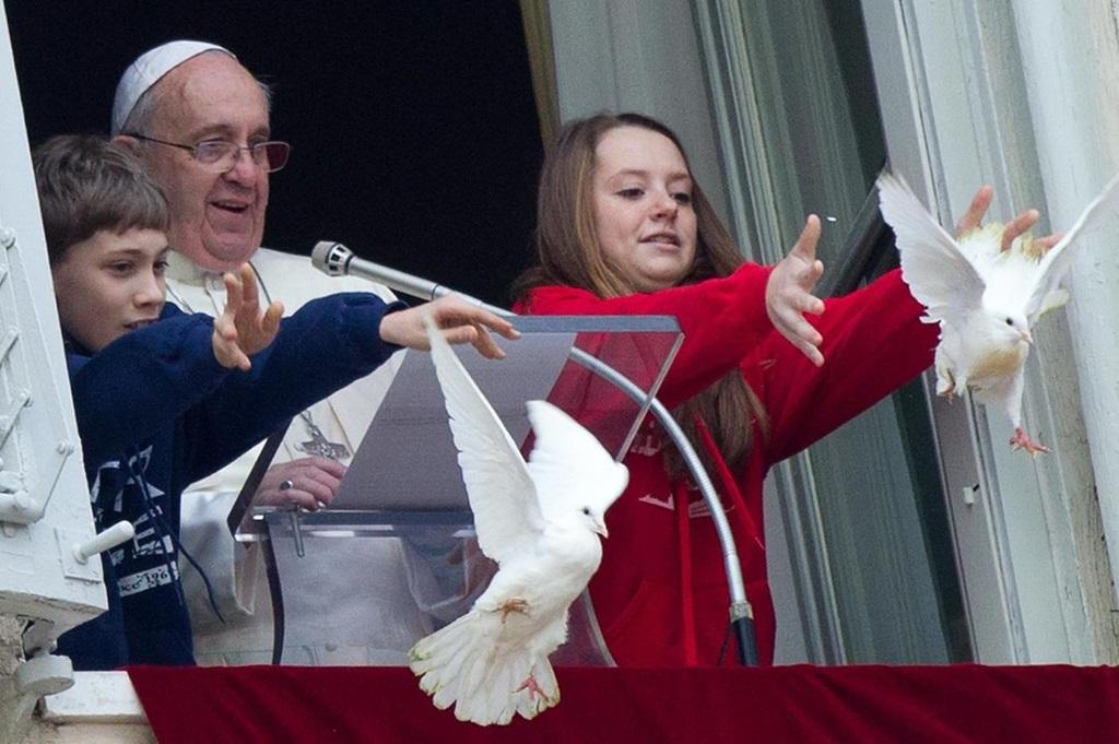 Angelus 20 ноября. Папа: спасибо всем, кто трудился ради успешного проведения Юбилейного года Милосердия