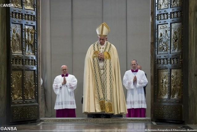 Папа поблагодарил организаторов Юбилея Милосердия