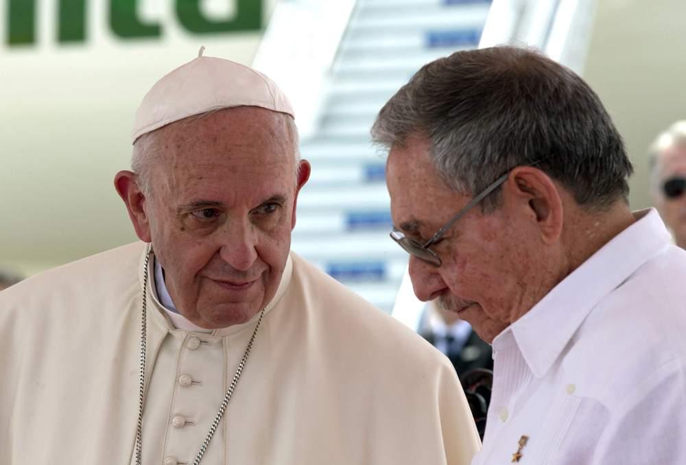 Власти Кубы в последний день Года Милосердия помиловали 787 осужденных