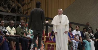 Папа: «базовый терроризм» исходит не от народов и религий, а от денежного идола