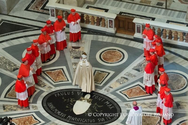 Среди новых пурпуроносцев – 16 епископов и один священник – узник коммунистического режима в Албании