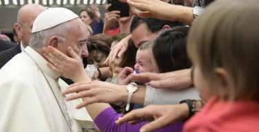 Папа: сомнения позитивны, если они помогают возрастать вере