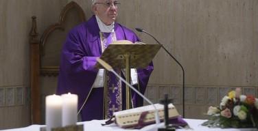 Папа: жёсткость и обмирщение — катастрофа для священников