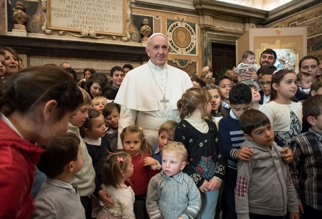 Папа — общине Номадельфии: дети и старики строят будущее народов