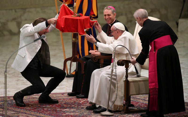 Папа: Рождество — это праздник надежды, потому что Бог нам доверяет