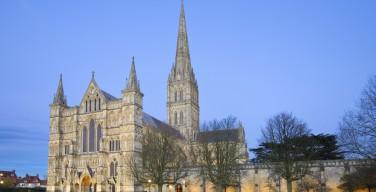 На реставрацию британских соборов за последние два года выделено 40 млн. фунтов стерлингов