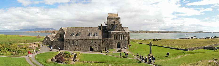 large_iona_abbey_panorama