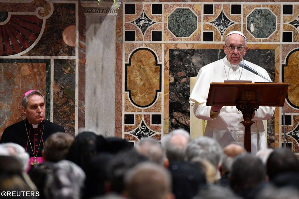 Папа Франциск призвал начать серьезные переговоры по урегулированию в Сирии