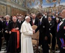 Речь к дипломатам: Папа призвал к рассудительности и соблюдению международного права