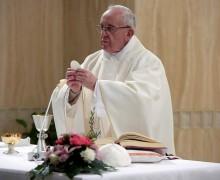 Папа: не замыкать сердца перед чудом священства Христа