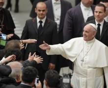 Папа – пострадавшим от землетрясения: прежде всего нужно отстроить заново сердца (ВИДЕО)