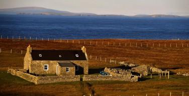 На отдаленном острове в Великобритании празднуют Рождество спустя две недели