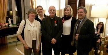 Бывший руководитель ватиканских СМИ получил государственную награду Франции