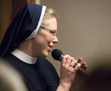 Католическая монахиня представила книгу о православном религиозном философе