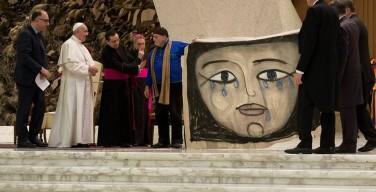 Папа: экономика сопричастности как альтернатива лицемерному капитализму