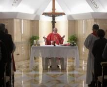 Папа: отказаться от двойной жизни и не откладывать обращение