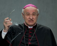 Ватикан увидел в технологиях новые вызовы праву на жизнь