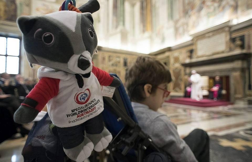 Папа Франциск приветствовал спортсменов с ментальной инвалидностью: вы учите нас радоваться малым и простым вещам