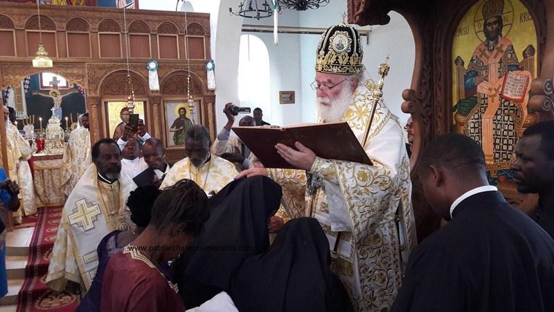 Патриарх Александрийский Феодор II посвятил первых диаконисс