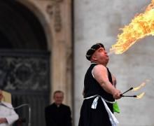 Артисты из Rony Roller Circus выступили в Ватикане
