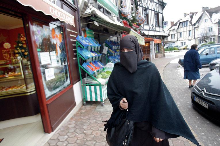В Евросоюзе обеспокоены радикализацией мусульманского населения