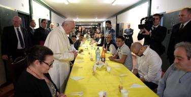 Папа Франциск посетил миланскую тюрьму Сан-Витторе