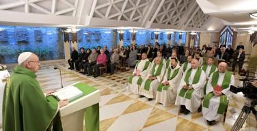 Папа: нужно выбирать Бога, а не богатство