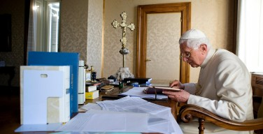 Книги Папы на покое Бенедикта XVI и Патриарха Кирилла издадут в России и Италии