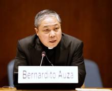 Святейший Престол: государства должны выступить против незаконной торговли оружием и работорговли