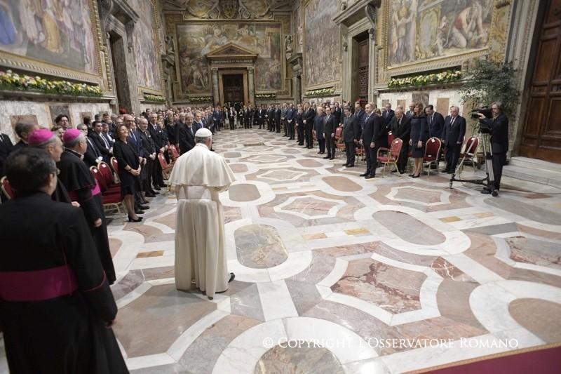 Папа Римский назвал «популистами» правоконсервативных политиков Европы