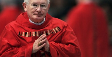 Скончался экс-глава американских католиков кардинал Уильям Килер