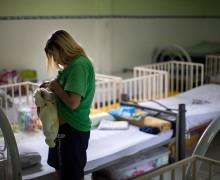 Большинство россиян выступают за планирование семьи и не хотят вмешательства государства в эту сферу — опрос