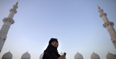 Прогноз: к 2035 году в мире будет рождаться больше мусульман, чем христиан