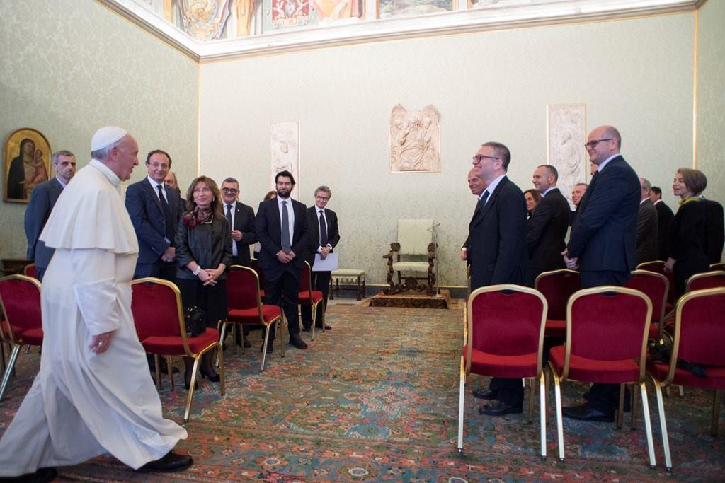 Не человек для науки, а наука для человека. Обращение Папы Франциска к Комитету по биологической безопасности при Совете министров Италии
