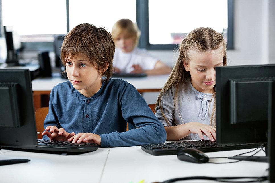 Более 60% россиян поддержали запрет детям до 14 лет пользоваться соцсетями