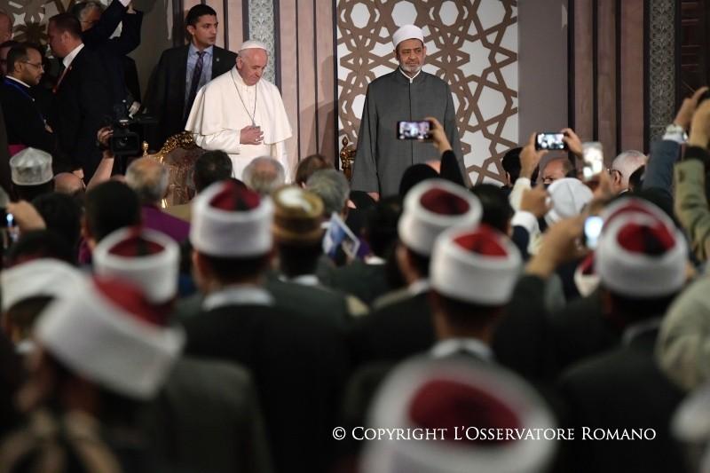 Картинки по запросу папа франциск в аль-азхаре