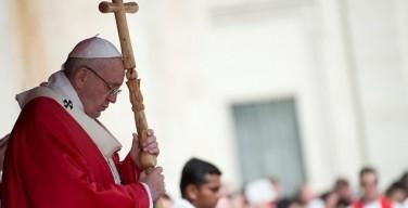 Папа соболезнует в связи с терактами в Швеции и Египте
